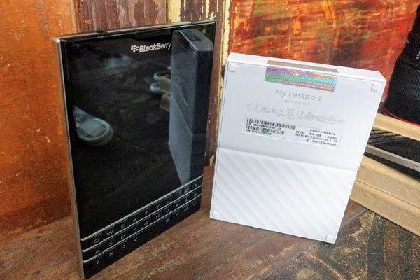 ỔcứngWD Passport Portable Storage 1TB có thể sao lưu theo thời gian định sẵn