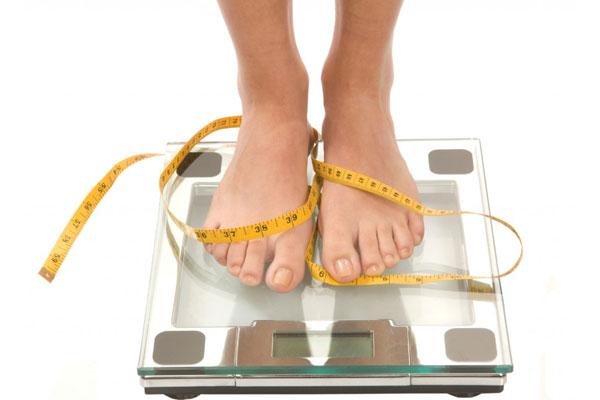 Trọng lượng cân tối đa 150 kg là phù hợp với thể trọng người Việt Nam