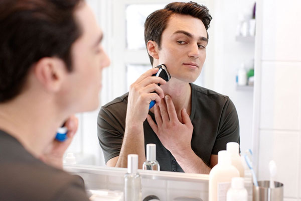 Máy cạo râu - vật dụng tạo nên đẳng cấp cho chàng