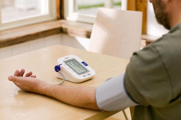 Máy đo huyết áp Omron là thương hiệu duy nhất được Hội Tim mạch học Việt Nam tin cậy và khuyên dùng, được sử dụng trong chương trình phòng chống tăng huyết áp quốc gia.