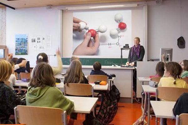 Bài giảng của bạn sẽ bị mất đi ít nhiều thông tin nếu hình ảnh hiển thị trên máy chiếu không chất lượng
