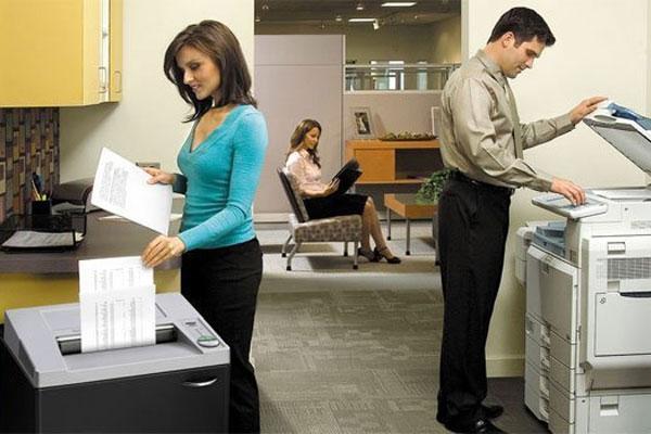 Một chiếc máy hủy giấy hoạt động nhẹ nhàng sẽ không làm ảnh hưởng đến công việc của mọi người