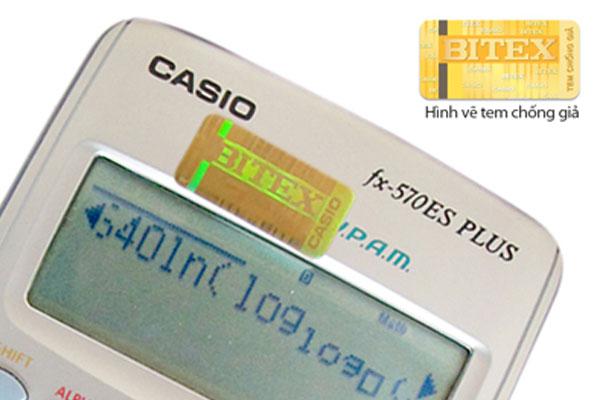 Máy tính cầm tay thật phải có dán tem chống giả chính hãng của Casio