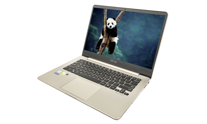 Laptop Asus Zenbook UX430UN-GV096T quan sát tốt mọi góc nhìn