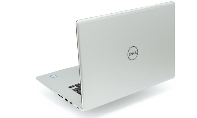 Laptop Dell Inspiron 15 7570 (782P81) bàn phím có đèn LED