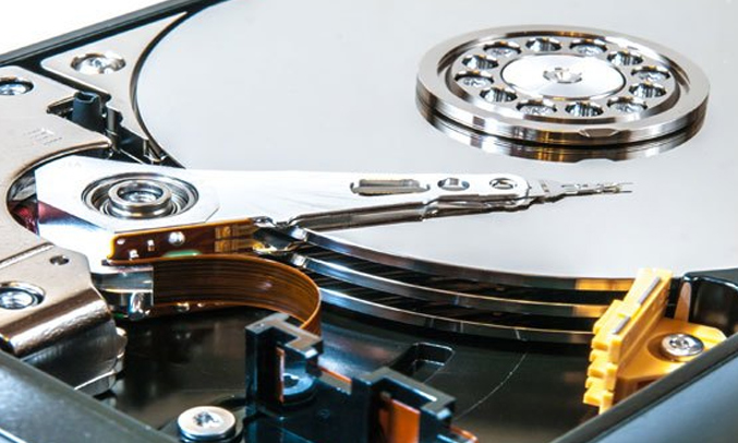 Laptop Dell Vostro 14-5468 70087067 cho khả năng lưu trữ lớn