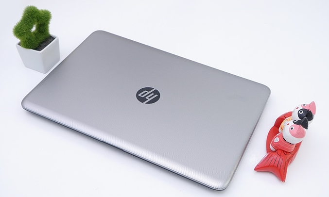 Máy tính xách tay HP NOTEBOOK 15-AY131TU Z4R05PA có dung lượng pin lớn