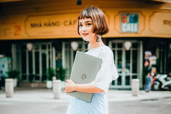 Laptop HP Pavilion 14 BF022TU với thiết kế phù hợp cho những bạn trẻ năng động