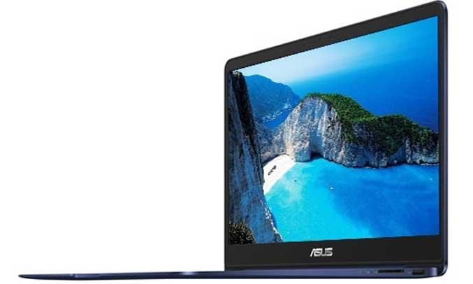 Máy tính xách tay trang bị đầy đủ các cổng kết nối hiện đại USB, HDMI, khe cắm thẻ nhớ SD
