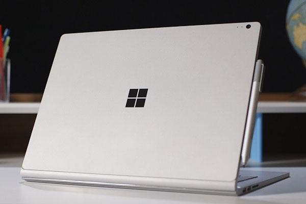 Laptop Surface Book 2 khắc phục được vấn đề màn hình bị rung khi thao tác