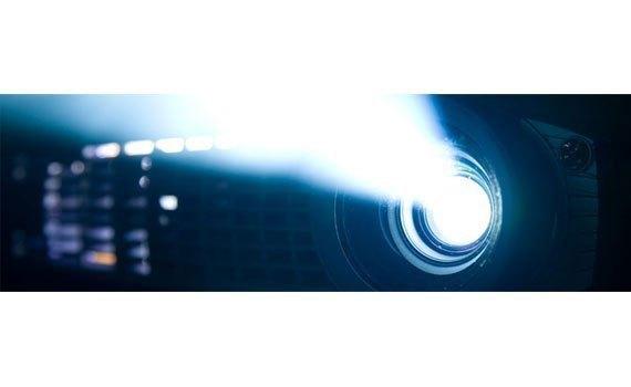 Máy chiếu Panasonic PT-LB303 bóng đèn tuổi thọ bền bỉ