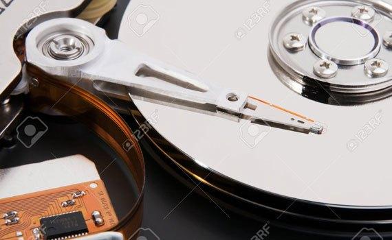 Máy tính bàn Dell Optiplex 3046SFF 70086073 trang bị ổ HDD 500 GB