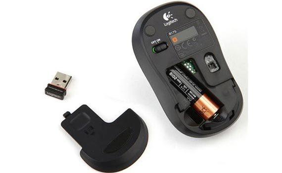 Chuột máy tính không dây Logitech B175 sử dụng pin AA