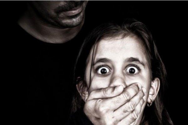 Cảnh sát dùng các phần mềm máy tính để bắt các tội phạm về ấu dâm