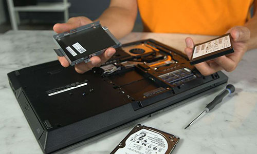 Ổ cứng SSD sẽ giúp máy hoạt động hiệu quả