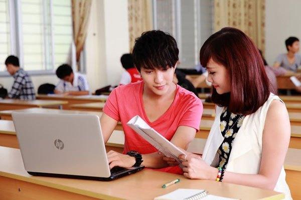 Màn hình laptop 13 - 15 inch sẽ phục vụ tốt cho việc học tập