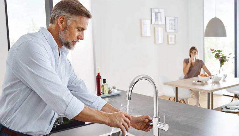 Lấy nước trực tiếp từ vòi tiện lợi