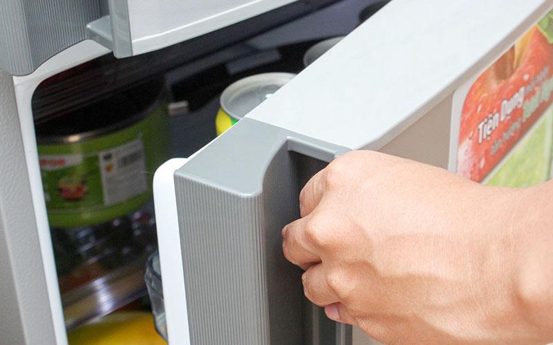 Hãy đảm bảo cửa tủ lạnh luôn được đóng khít