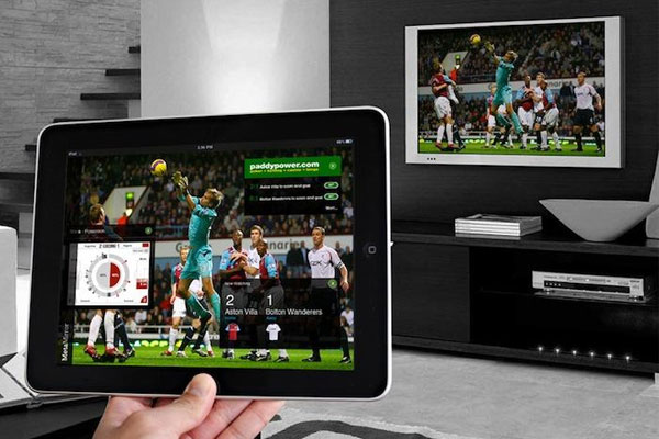 Bạn có thể tìm mua Apple TV ]tại Apple store