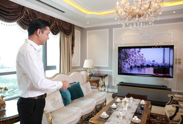 TV 4K LG Signature OLED W là dòng mỏng nhất thế giới hiện nay