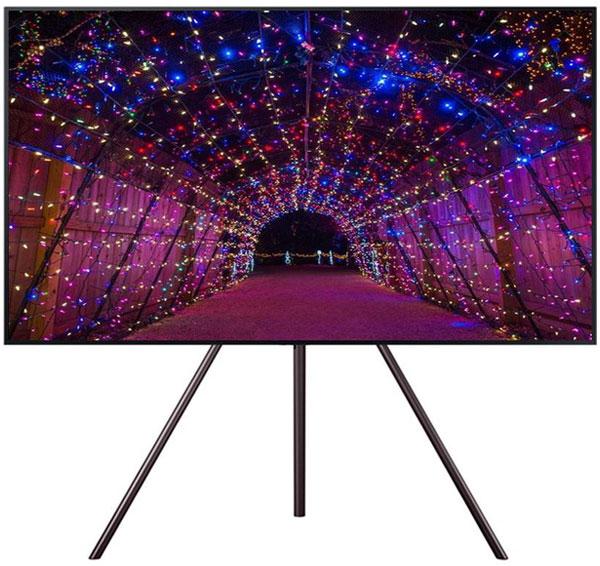 Samsung cũng ra mắt dòng TV UA55LS003 khung tranh với thiết kế tinh tế và hiện đại. Chân đỡ cổ điển với khung kim loại vững chắc tạo cho bạn cảm giác rằng, đây là một tác phẩm hội họa chứ không còn là một thiết bị điện tử vô hồn nữa. Đầy tiện nghi và thẩm mỹ, đúng là một mẫu TV hoàn hảo về thiết kế