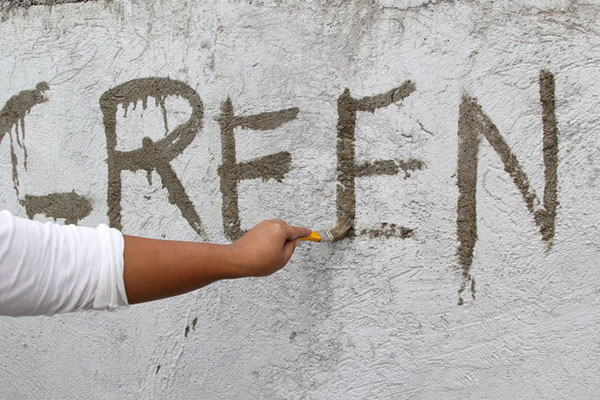 Bước 6: Bây giờ, bạn hãy vẽ lên tường những gì mình muốn đi nào!