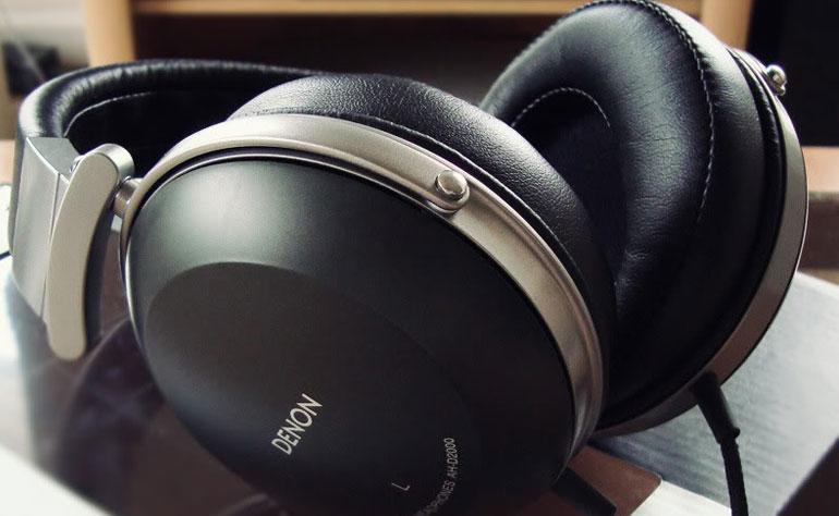 Chất liệu của pad ảnh hưởng nhiều đến sự thoải mái khi đeo tai nghe