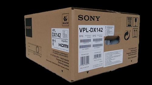 Thùng carton đựng máy in logo SONY và nét chữ, hình ảnh sắc sảo