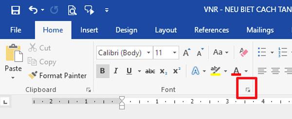 Nhấp chuột lên nút hình mũi tên bung ra ở phía dưới, góc phải của nhóm Font trên trình đơn ribbon