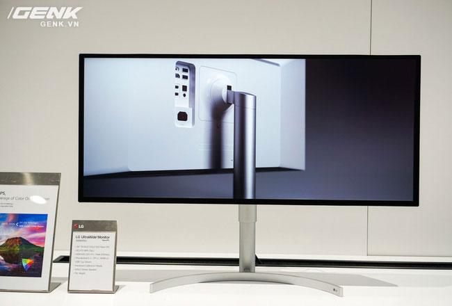 Màn hình 34WK95U nắm giữ vị trí màn hình cao cấp nhất của LG trong năm 2018