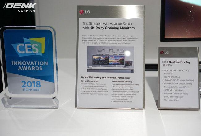 Người dùng dễ kết nối hình ảnh của 2 chiếc màn hình thông qua công nghệ Daisy Chaining