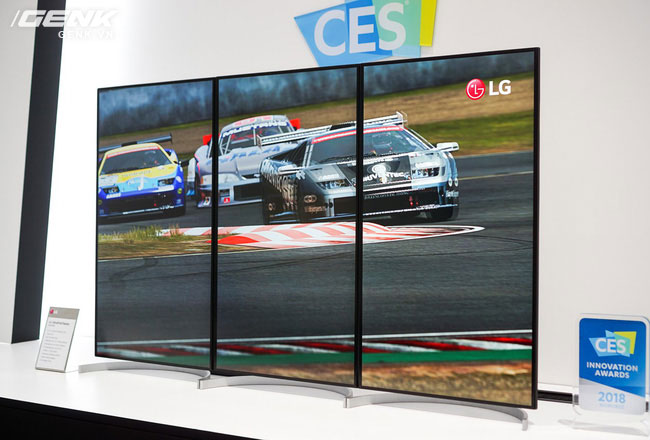 Người dùng có thể xoay dọc màn hình để ghép lại các màn hình với nhau