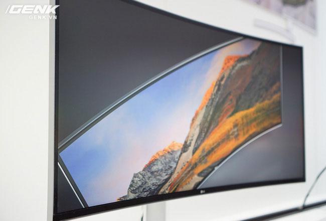 Chiếc màn hình LG này sở hữu dải màu sRGB 99%