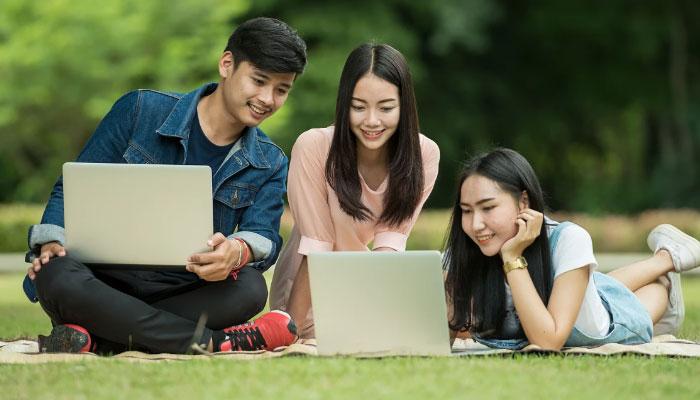 Laptop là thiết bị tin học quen thuộc mà bạn phải sử dụng hằng ngày, nếu có những ảnh hưởng làm bạn khó chịu, cần xử lý nhanh chóng để không gây cản trở