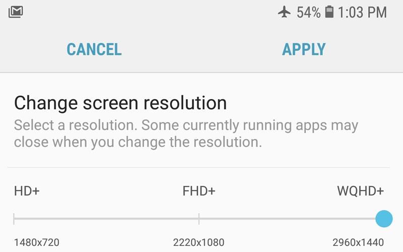 Bạn truy cập Settings > Display > Screen resolution và kéo thanh độ phân giải từ FHD+ lên WQHD+.