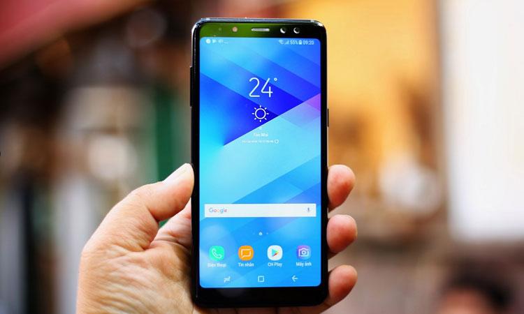 Điện thoại quyến rũ với màn hình tràn viền