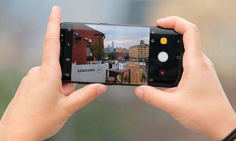 Khẩu độ có thể điều chỉnh giúp việc tạo ra bức ảnh chuyên nghiệp không còn khó khăn