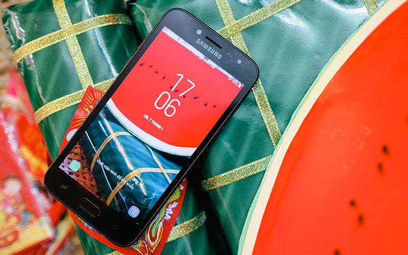 Galaxy J2 Pro được Samsung ưu ái trang bị màn hình Super AMOLED