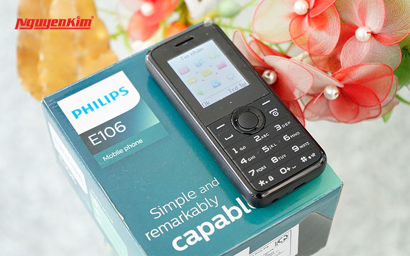 Có màn hình TFT 1.77 inch, Philips E106 giúp những người cao tuổi vẫn có thể sử dụng được thiết bị một cách dễ dàng