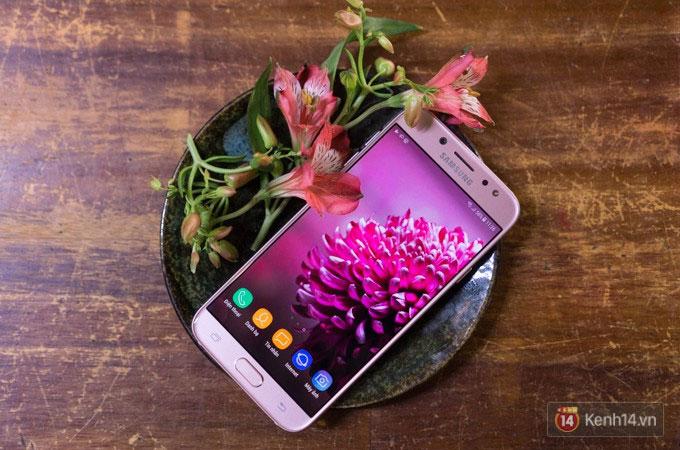 Galaxy J7 Pro phiên bản màu hồng sẽ là phần quà vô cùng thích hợp cho Valentine đấy