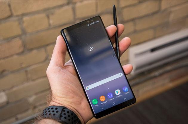 Galaxy Note 8 nhiều nâng cấp sáng giá