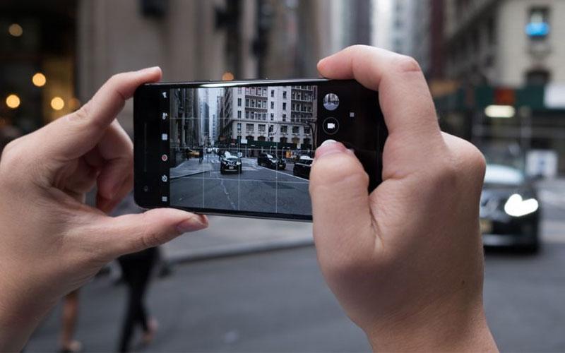 Pixel 2 cho khả năng chụp ảnh xóa phông vượt trội không cần cụm camera kép nhờ trang bị trí tuệ nhân tạo
