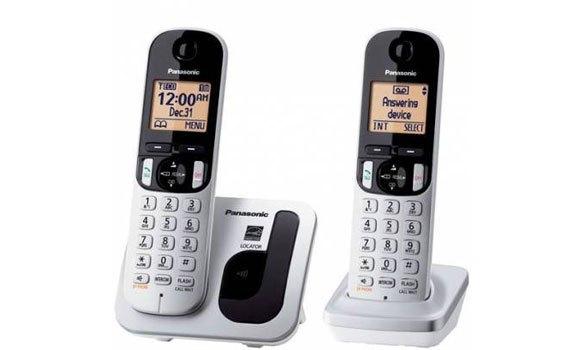 Điện thoại không dây Panasonic KXTGC212CX thiết kế gọn gàng, hiện đại