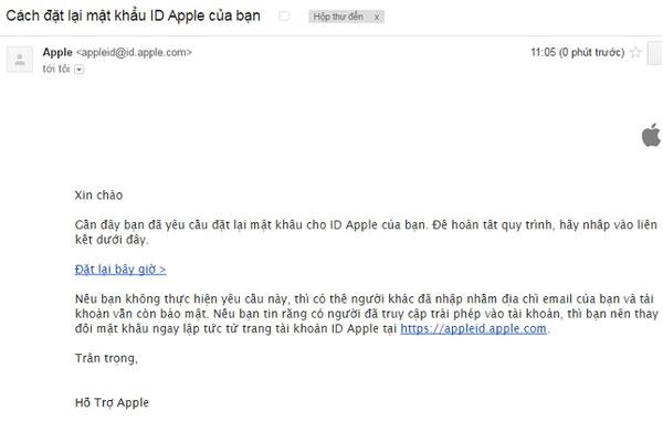 """Mở email của bạn lên, đọc theo hướng dẫn của Apple và trước tiên cần bấm vào """"Đặt lại bây giờ"""" để tiến hành đặt lại mật khẩu Apple ID"""