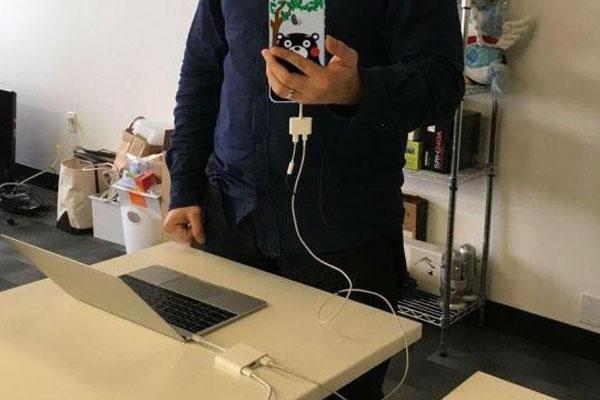 Khá rườm rà về mặt thao tác khi kết nối iPhone và Macbook nhưng rồi bạn sẽ quen thôi