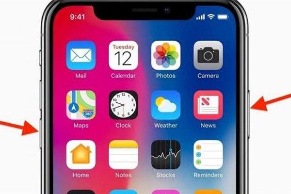 """Vài trường hợp hi hữu chiếc iPhone X của bạn sẽ bị """"đơ như cây cơ"""", lúc này, bạn chỉ cần giữ cùng lúc nút nguồn và phím giảm âm lượng thay vì giữ đồng thời phím nguồn và home như các thế hệ iPhone trước đó."""