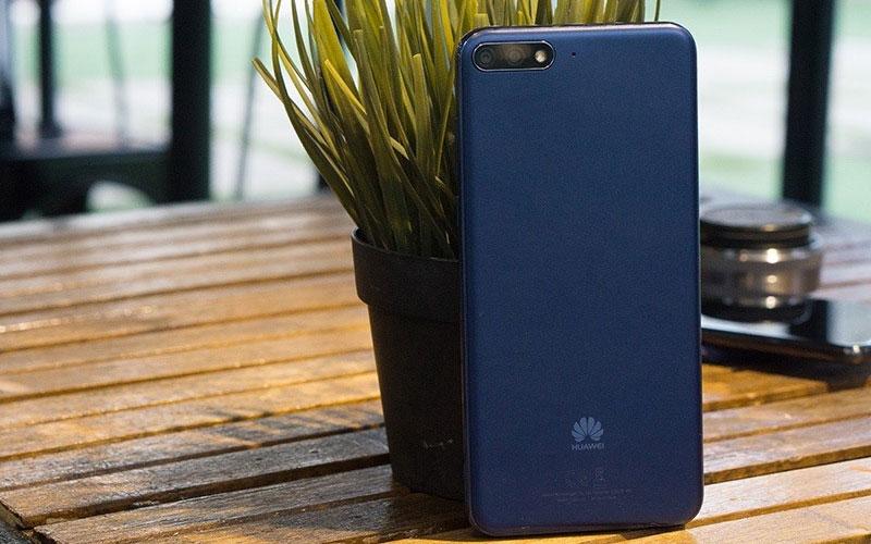 Ngày dài năng động không lo hết pin với mức dung lượng vừa đủ trên điện thoại