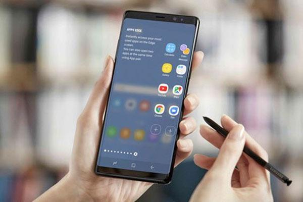 Galaxy Note8 cùng trang bị chiếc bút ma thuật S Pen giúp nâng cấp tối ưu tiện ích trong trải nghiệm cho bạn