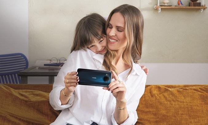 Điện thoại Nokia 5.4 Xanh - Selfie đẹp tự nhiên