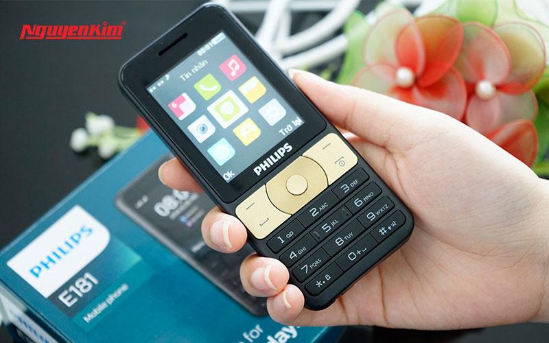 Dù là điện thoại Philips có pin khủng nhưng những chúng vẫn cần được sạc pin đúng cách để duy trì tuổi thọ